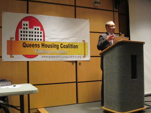 Senator Peralta addresses the Coalition on Friday evening.